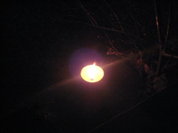 tända ljus på graven alla helgon