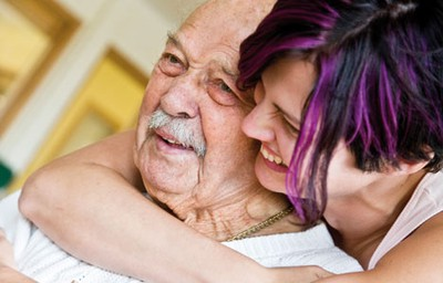 milf söker yngre äldre kvinna ung man