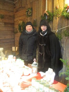 AnnaMaria med sin pappa julmarknad i Arboga
