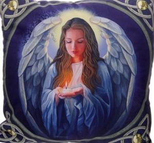Kudde ängel med ljus