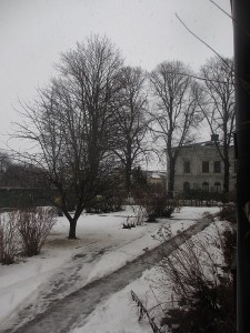 Snöar igen